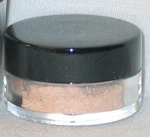 MAC PIGMENT SAMPLE 1/2 TSP - FAIRY LITE