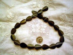 Gemstone stone beads Blackstone polished spearhead (leaf) beads 17X12mm15 inch strand