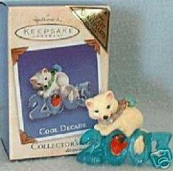 Hallmark Keepsake Christmas Ornament COLORWAY / REPAINT Cool Decade 2003 Arctic Fox Bird #4 VGB ~*~v