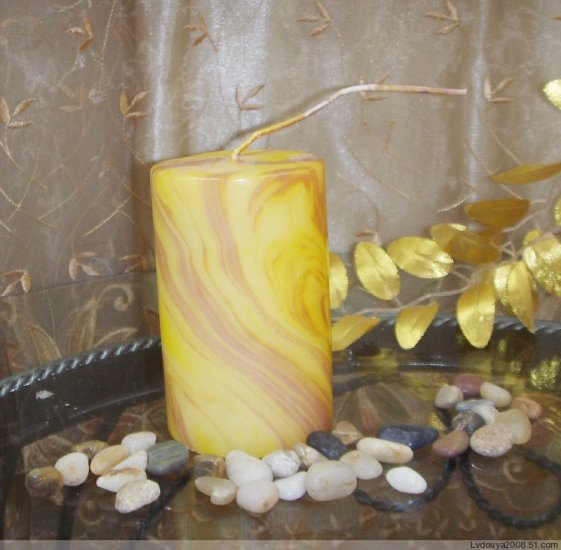 Cylinder Candle without scent in wood grain style #2