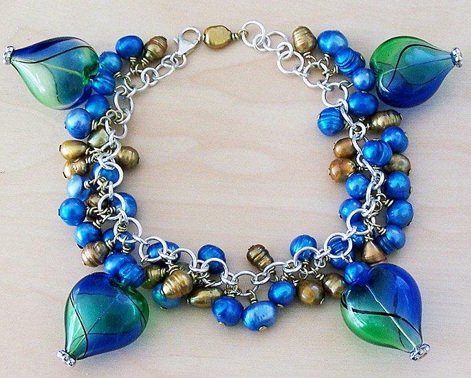 Glass Heart Charm Bracelet - FREE SHIPPING!