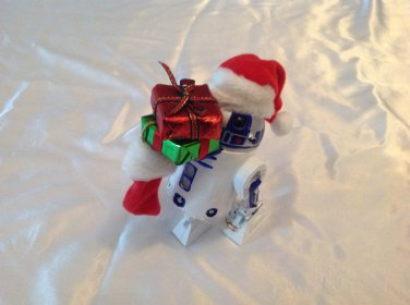 Star Wars R2D2 Christmas Statue Hand Crafted Fabriche
