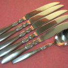 REED & BARTON BROMPTON PLACE SPOON &5 KNIVES HERITAGE MINT STAINLESS FLATWARE SILVERWARE