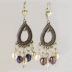 White & grey freshwater pearl earrings