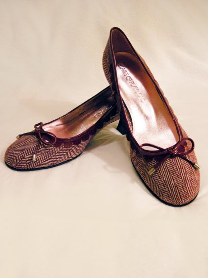 NIB Stage of Playlord Ladies' Burgundy Pumps Sz 36