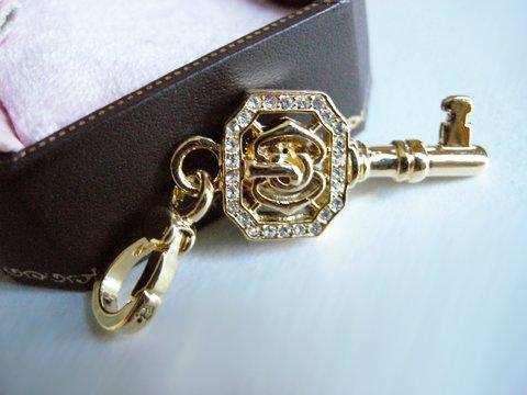 NIB Juicy Couture 14K Gold-Plated JC Key Charm