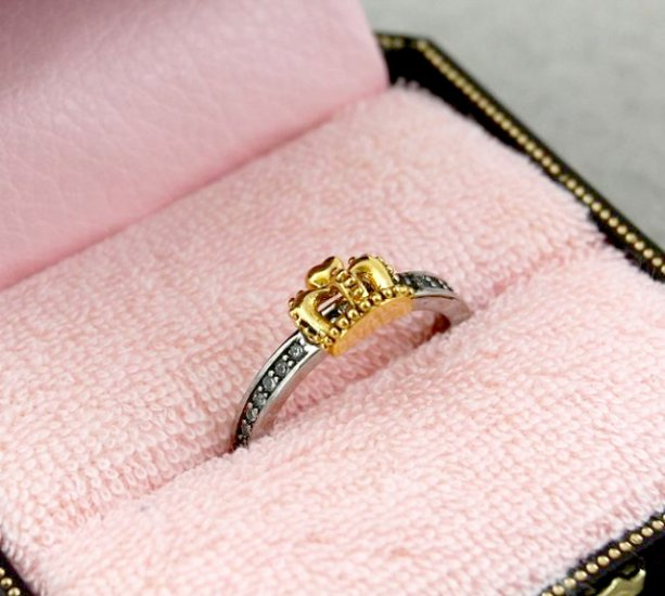 Juicy Couture Crown Wish Ring