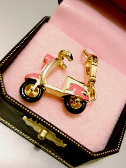 Juicy Couture Dolce Vita Scooter Charm