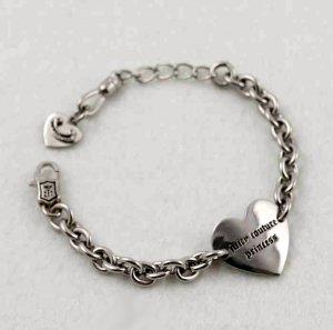 Juicy Couture Girls' Heart ID Bracelet