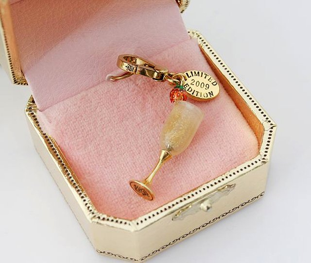 Juicy Couture 2009 Limited Edition Champagne Flute Charm