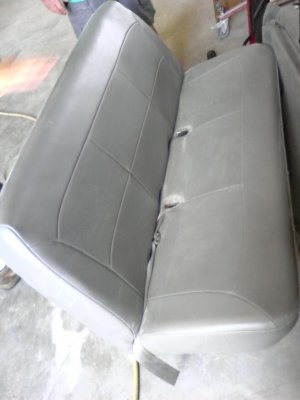 Van Seats 2004 Ford E-350 ***Reduced $100 off price***