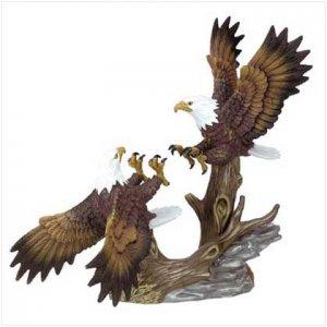 PORCELAIN FIGHTING EAGLES - Code: 30242