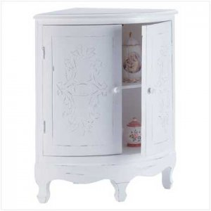 DISTRSS WHITE WOOD CORNR CABINET - Code: 32310
