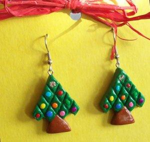 Christmas tree earrings, small green