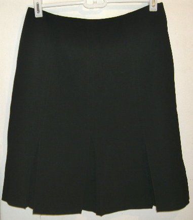 Larry Levine Stretch Pleated Black Skirt Size 8