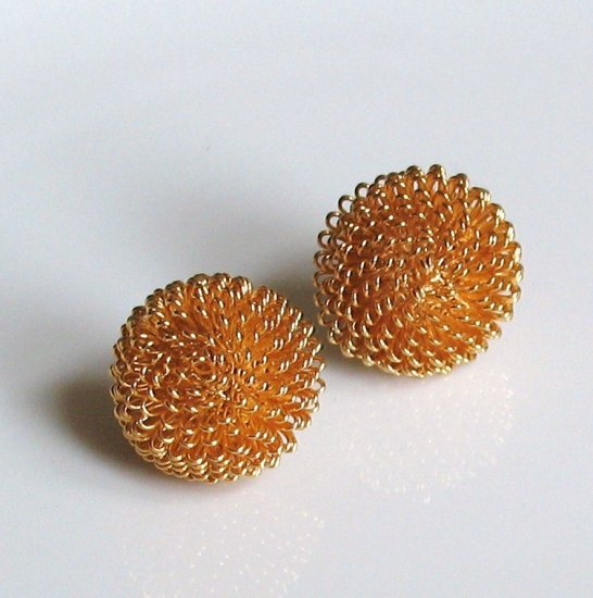 spiny pouf goldtone wire earrings - vintage jewelry