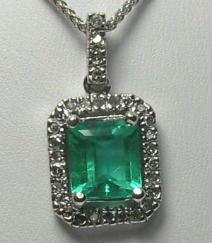 SPARKLING COLOMBIAN EMERALD & DIAMOND NECKLACE 1.50CTS