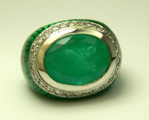 11.30ct Bewitching! Oval Colombian Emerald Diamond Enamel & Gold Cocktail Ring