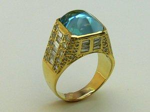 17.20tcw Showstopping! Sugarloaf Aquamarine & Top Quality Diamond Ring 18k