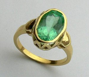 Simply Beautiful! Colombian Emerald & 14k Gold Solitaire Ring