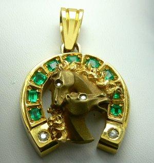 2.20tcw Fathers Day Ready! Colombian Emerald Diamond & Gold Horseshoe Pendant
