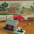 Plasticville Watchman's Shanty with Crossing Gate