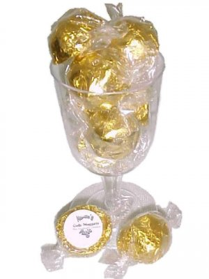 Gold Nugget 8 pc in wine glass