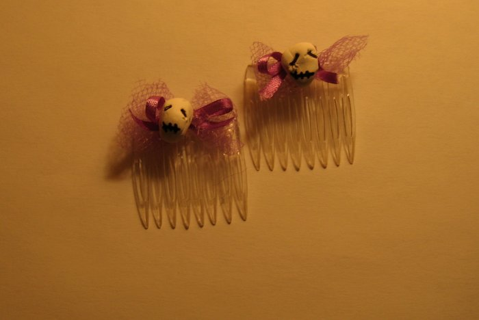 Purple Skull Combs