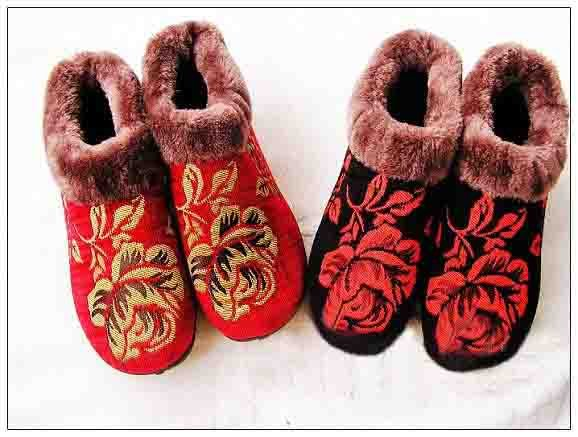[Beijing cloth shoes] Embroidery cotton-padded shoes;beautiful shoes;present;
