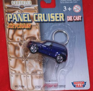 PT Panel Cruiser Keychain Motor Max Die Cast Purple NIP