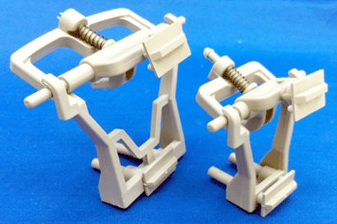Ajustable Plastic Articulators, Large for High Arch (Box of 50 sets)