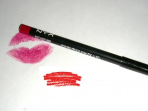 NYX SLIM LIP PENCIL - HOT RED