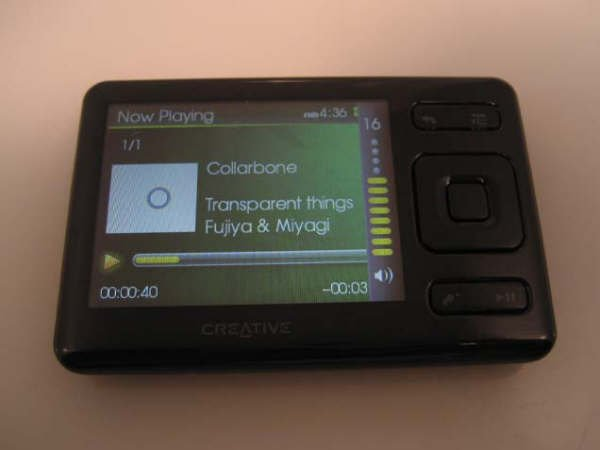 "Creative ZEN 32GB MP3 Video 2.5"" LCD PMP Player (Black)"