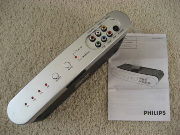 Philips High Definition Audio Video Auto Selector for HDTV SWS2326W/17 + RF Modulator