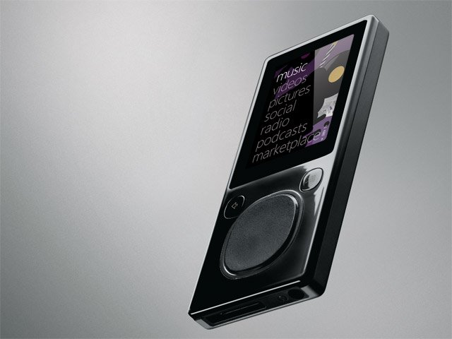 Zune 8 GB Digital Media MP3 Player Wifi Video  (Black)