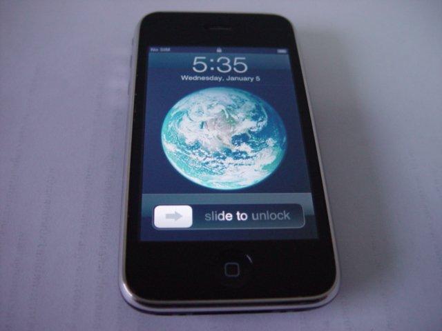 Apple Iphone 3G 16GB Black Wifi Bluetooth Software Unlocked