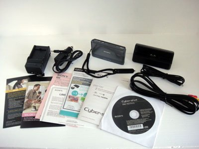 Sony Cybershot DSC-TX7 Silver 10.2MP HD AVCHD Paranoma Carl Zeiss 2GB