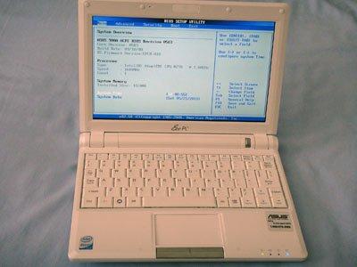 "Asus Eee PC 900A White 8.9"" Atom 1.6ghz 1024x600 Webcam 1GB"