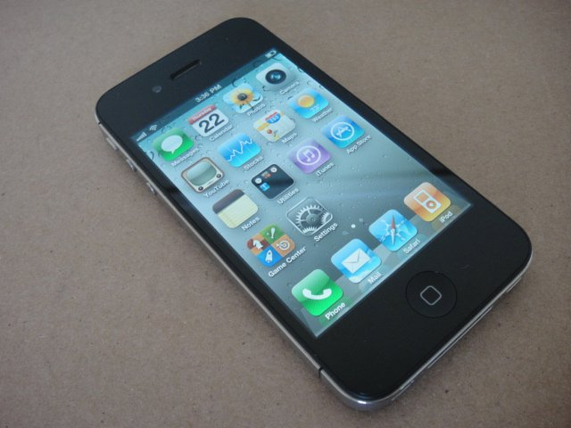 Verizon Iphone 4 16GB CDMA Retina Display iOs Wifi BT iTune GPS