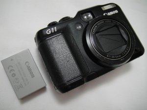 Canon Powershot G11 10MP 5X Opt 2.8-inch vari-angle PureColor II VA LCD Compact SLR