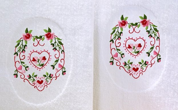 Tobin Terry Accent Towel Pair For Kitchen & Bath 16 x 25 Floral Hearts 212714