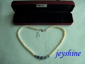 Natural Pearl Necklaces from china !