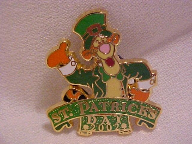 Disney 2002 Tigger Celebrating St. Patrick's Day Pin