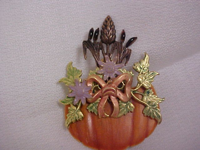 Halloween Magic Pumpkin Pin