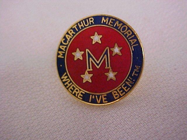 Macarthur Memorial    Pin-Pins