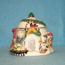 1998 Debbie Mumm Sakura Christmas Igloo Honey Jam Pot