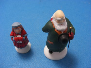 "Dept 56 The Heritage Village Collection ""Yes, Virginia"" Set of 2"
