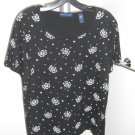 Karen Scott Sz M Black with White Flowers Short Sleeve Top  Scoop Neck