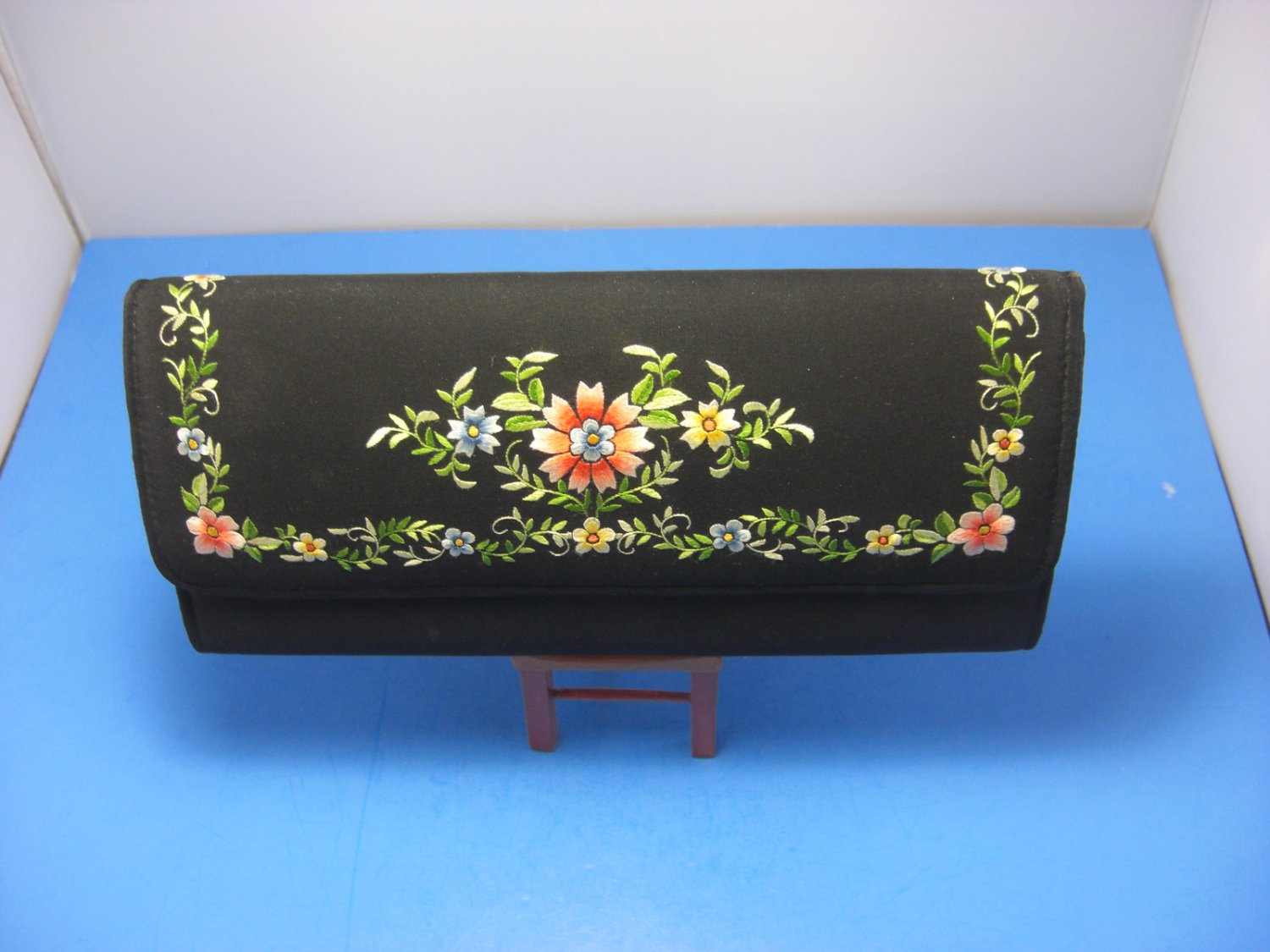 Black Floral Clutch Fabric Evening Bag Cocktail Embroidered Purse