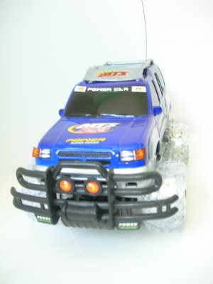 Tornado Off Road SUV w/ light up wheels